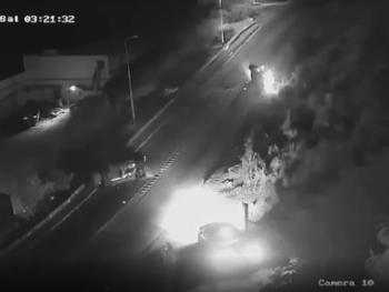 Bewakingscamerabeelden van het ongeluk op Sint Maarten